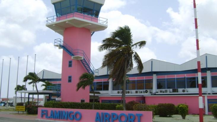 Foto Bandara di Flamingo Kralendijk