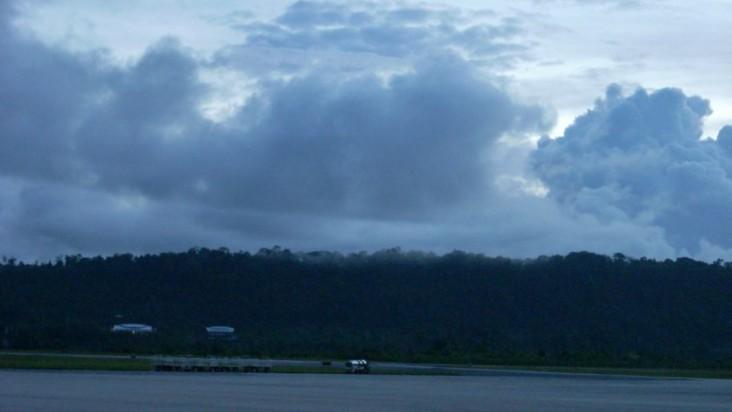 Foto Bandara di Frans Kaisiepo Biak