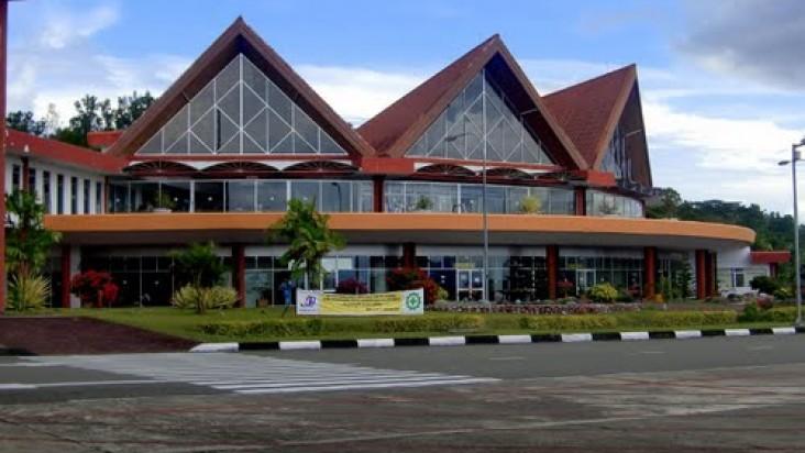 Foto Bandara di Gamarmalamo Halmahera Utara