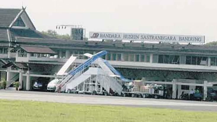 Foto Bandara di Husein Sastranegara Bandung