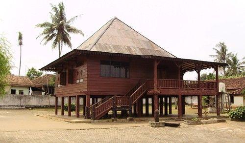 Taman Purbakala Pugung Raharjo