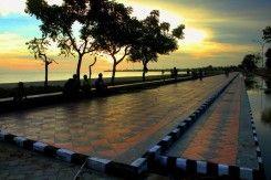 Pantai Pasir Putih Korong Batu Bantaeng