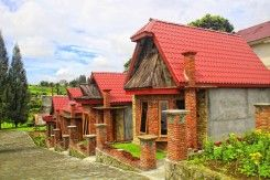 Alloyna Country Cottage