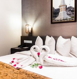 Ayola Tasneem Hotel & Convention