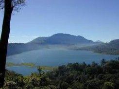 Danau Buyan | Tiket.com