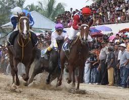 Gelanggang Pacuan Kuda Kandi Sawahlunto