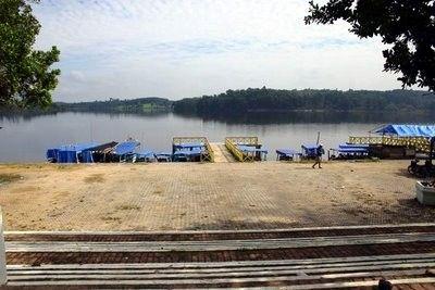 Wisata Danau Buatan Lembah Sari