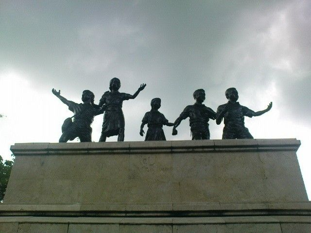 Monumen Kresek