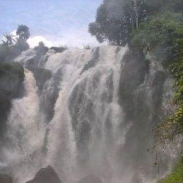 Air Terjun Tujuh Tingkat Batang Koban