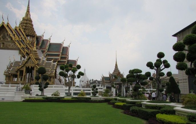 harga tiket Full-day Walking Tour with Stop at the Grand Palace and Local Street Food Tasting - Private Tour