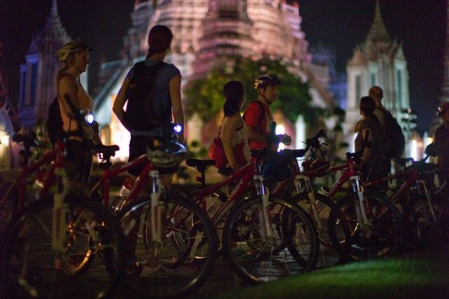 Historical Night Cycling Tour (12 Kms) - Join Tour