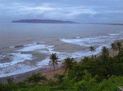 Pantai Lembah Putri