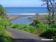 Pantai Tlepuk