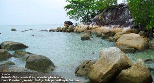 Pantai Batu Bedaun