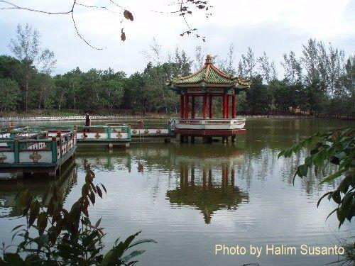 Vihara Phak Khak Liang