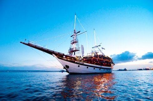 harga tiket Pirate Dinner Cruise