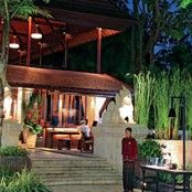Mezzanine Bar & Restaurant