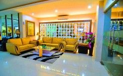 Rangkayo Basa - Halal Hotel