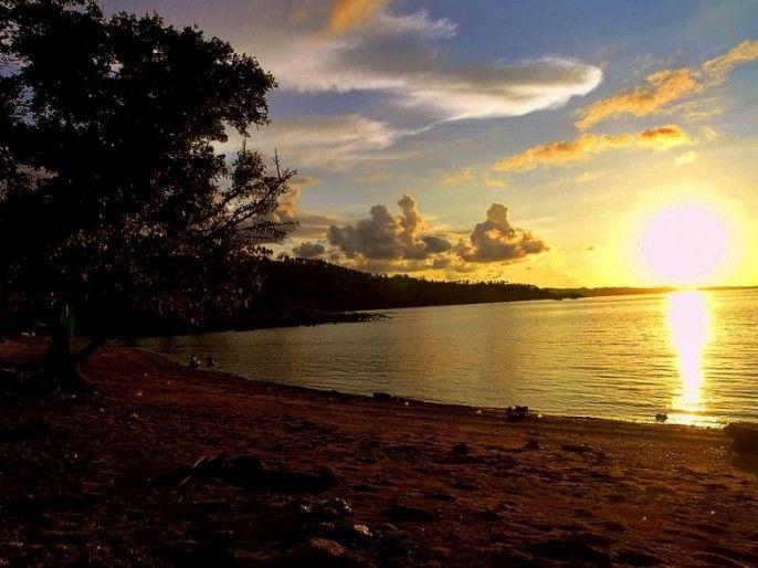 Pantai Tasik Ria