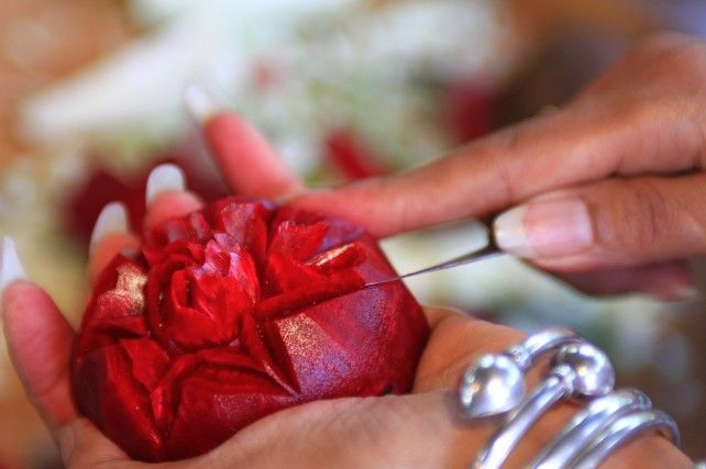 Thai Arts & Crafts at the Thai Village with Buffet lunch (AM or PM)