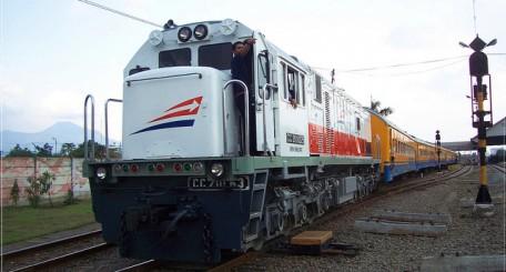 Harga Tiket Kereta Api Kutojaya Selatan Murah Dan Resmi Tiket Com
