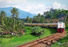 Kutojaya Selatan melintasi tikungan Karang Sari, Garut